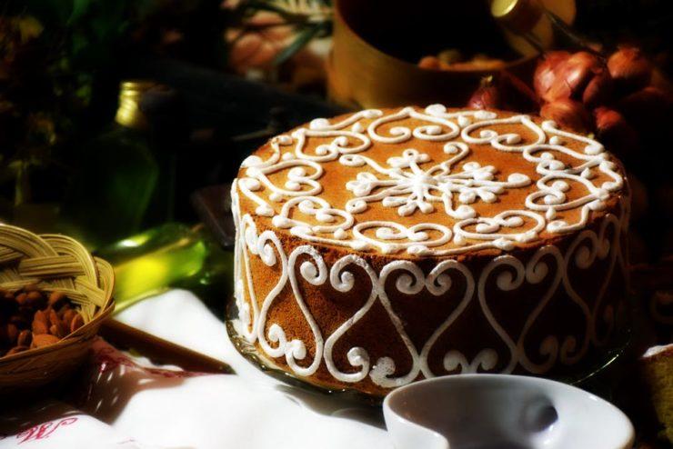 klasyczny rękaw cukierniczy do zdobienia tortów
